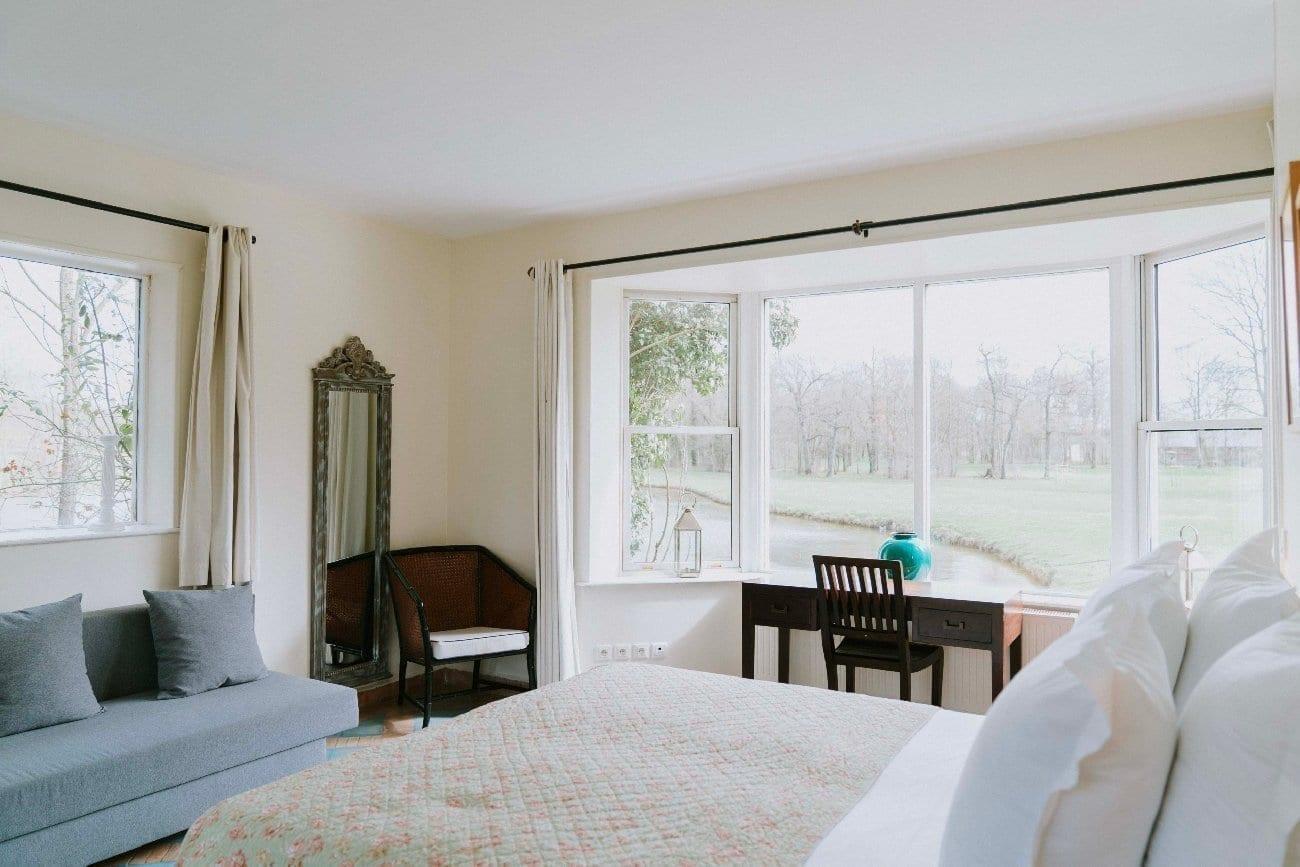 Chambre de cottage avec vue sur le golf